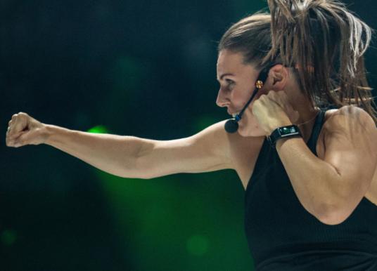 Jak trenować w domu? #1 – Body Combat od Les Mills